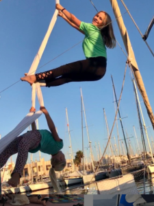 Solana und Rowan auf den Aerial-Silks