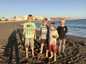 Die Jungs am Strand