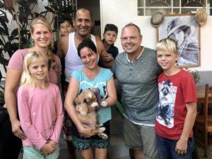 Wir und unsere Gastfamilie in Viñales