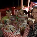Beim Abendessen in Playa Larga