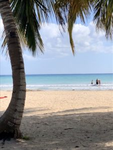 Karibischer Strand in Playa Larga